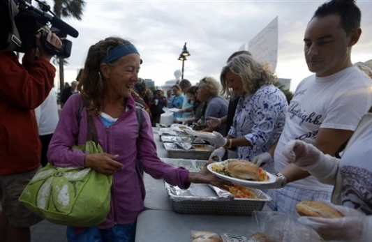 11th Circuit rules Fort Lauderdale group feeding homeless is expressive enough for First Amendment protection